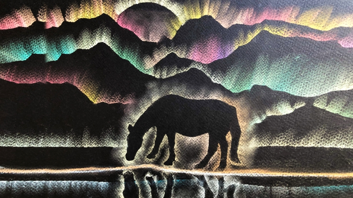 Рисование пастелью по трафарету